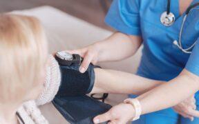 Nadciśnienie tętnicze - objawy, dieta, leczenie