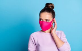 Maskne – trądzik od maseczki ochronnej