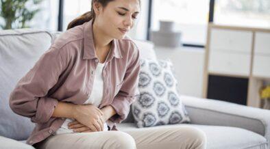 Zespół policystycznych jajników (PCOS) – objawy, przyczyny i leczenie